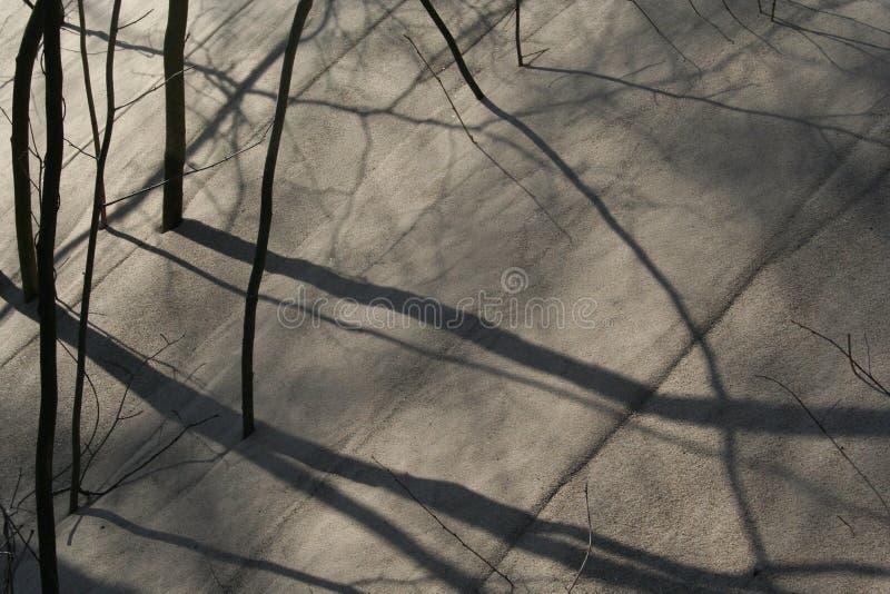 Ombre nella duna di sabbia fotografia stock