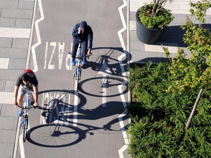 Ombres des roues de bicyclette photos libres de droits