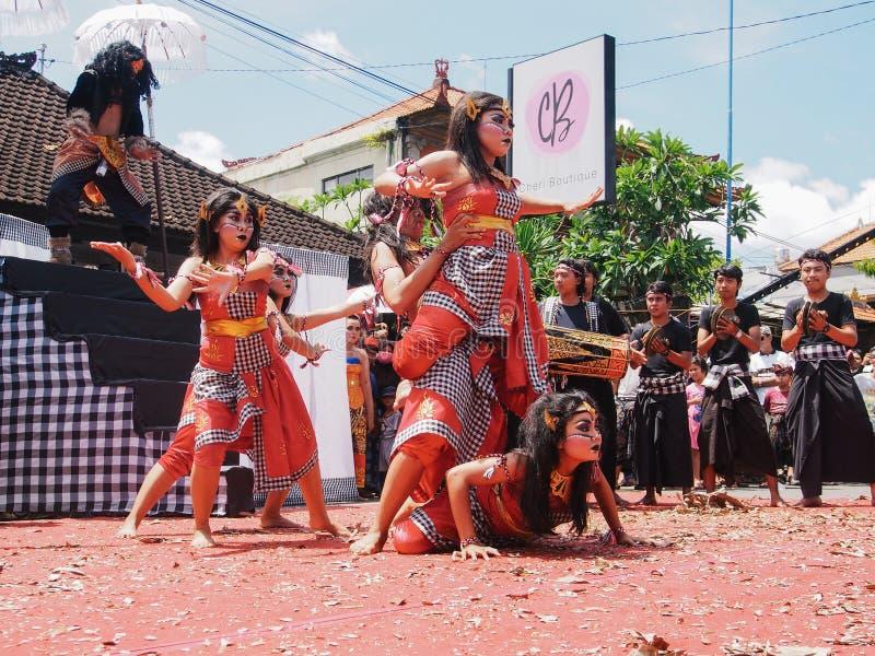 Omed Omedan Bali photos stock