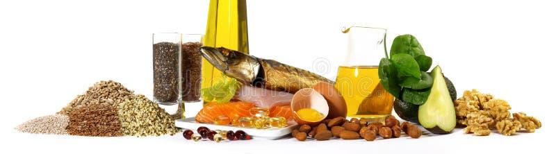 Omega 3, ryba, ziarna, dokrętki i więcej, - panorama fotografia stock