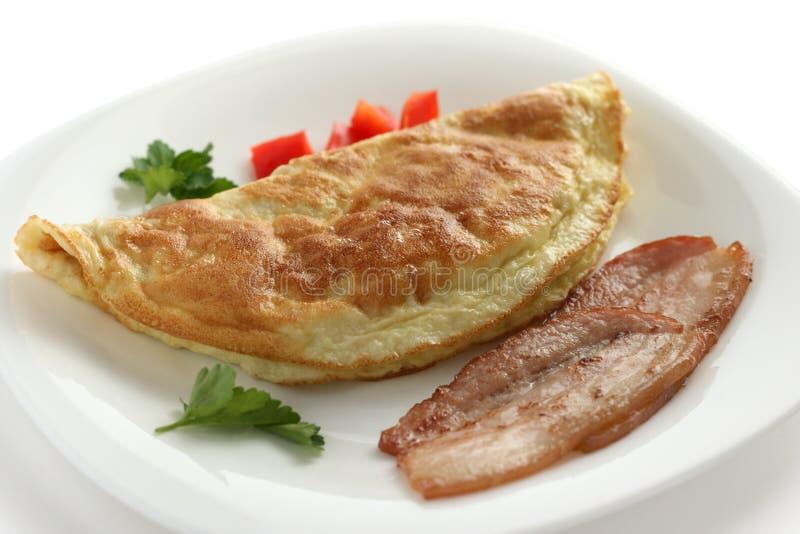 Omelet met bacon stock afbeelding