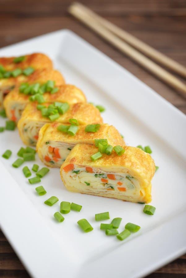 Omeleta rolada japonês fotografia de stock royalty free