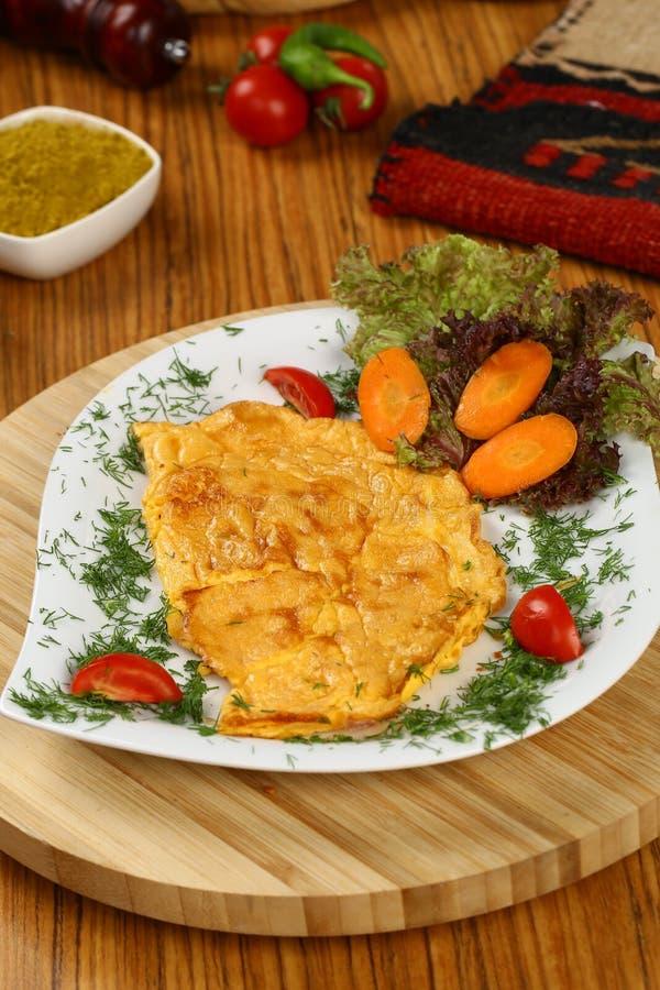 Download Omelett stockbild. Bild von nahrung, gesund, hintergrund - 96927765