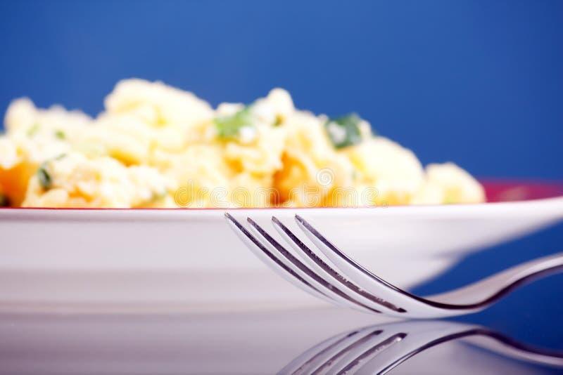 Omelett mit Gemüse stockbild