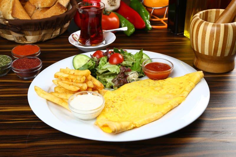 Download Omelett und Tee stockfoto. Bild von vorstand, frisch - 96927844