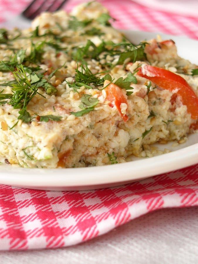 Omelette avec des légumes images stock