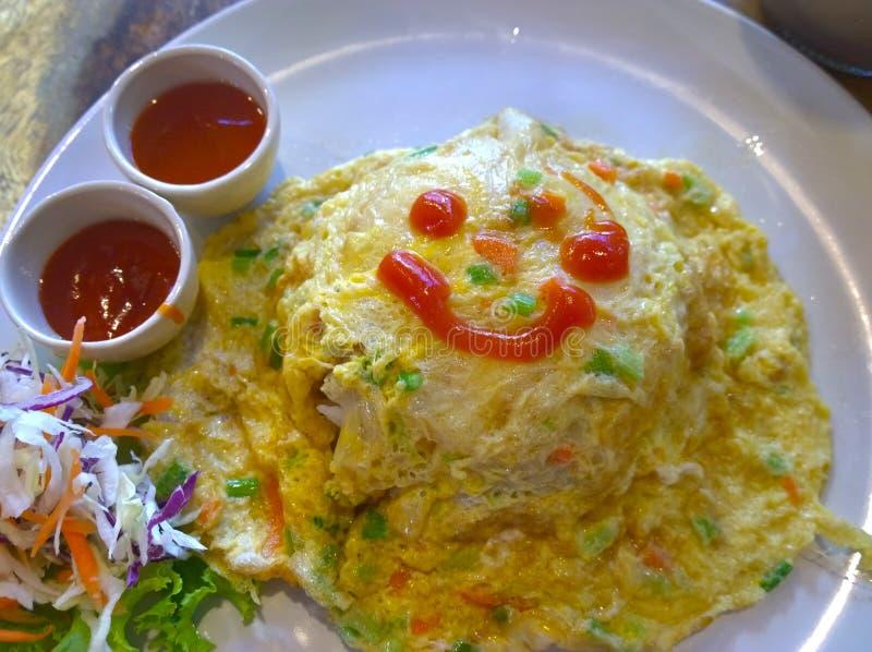 omeret ρύζι στον πίνακα στοκ εικόνες