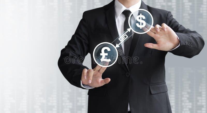 Omformare eller utbyte för valuta för show för affärsman royaltyfria foton