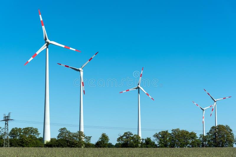 Omformare för vindenergi i Tyskland fotografering för bildbyråer