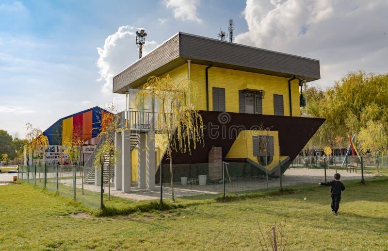 Omgekeerd die huis tepetaklak ev in Turks wordt geroepen stock fotografie