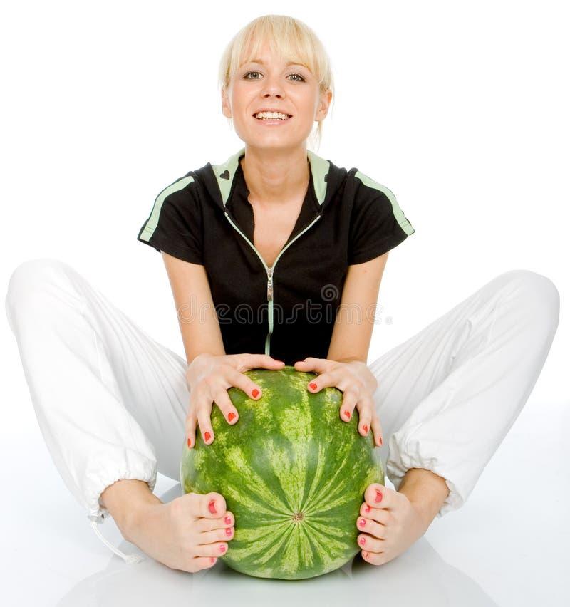 Omhels watermeloen stock foto