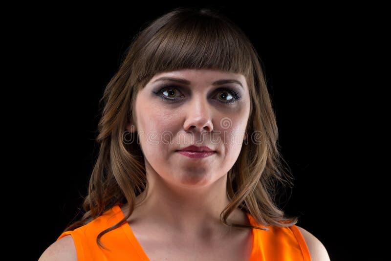 Omhoog maakt de portret donkerbruine vrouw met helder stock afbeeldingen