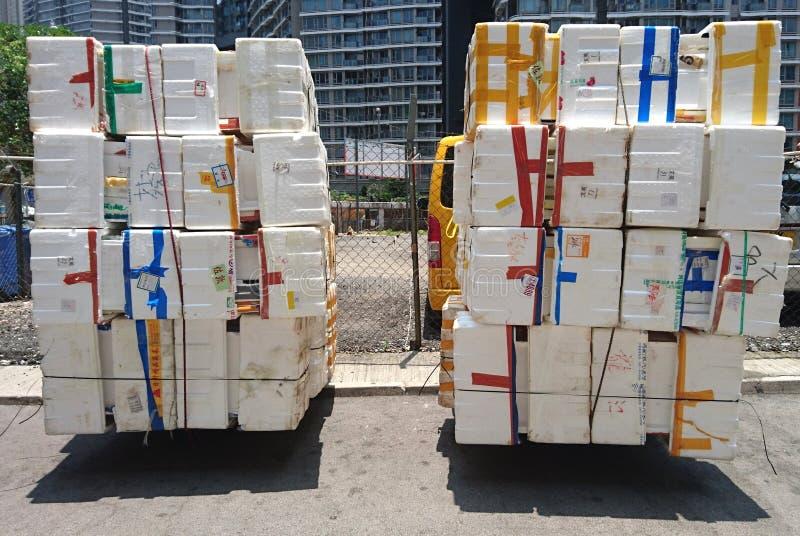 Omhoog opgestapelde polystyreendozen stock fotografie