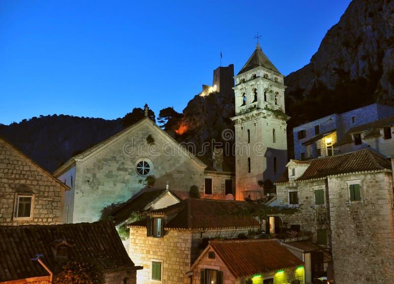 Omis - ciudad vieja en Croatia fotografía de archivo