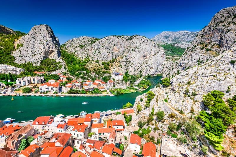Omis, Dalmacia, Croacia foto de archivo libre de regalías