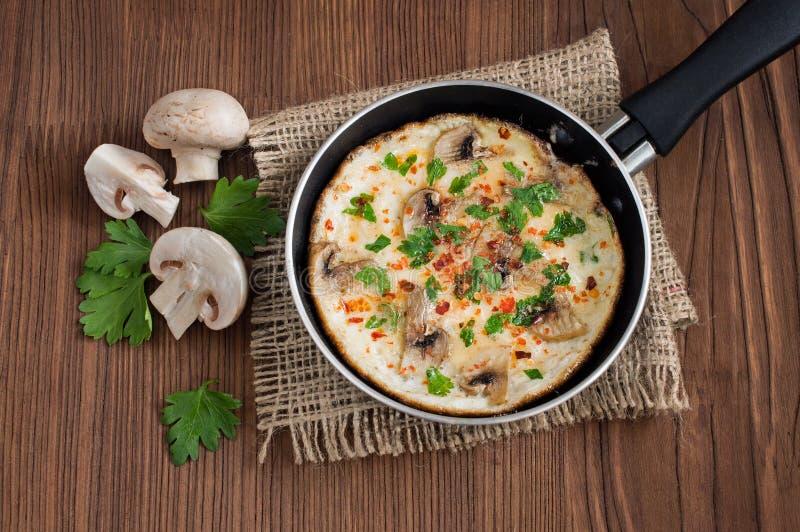 omlet się rozrasta zdjęcie royalty free