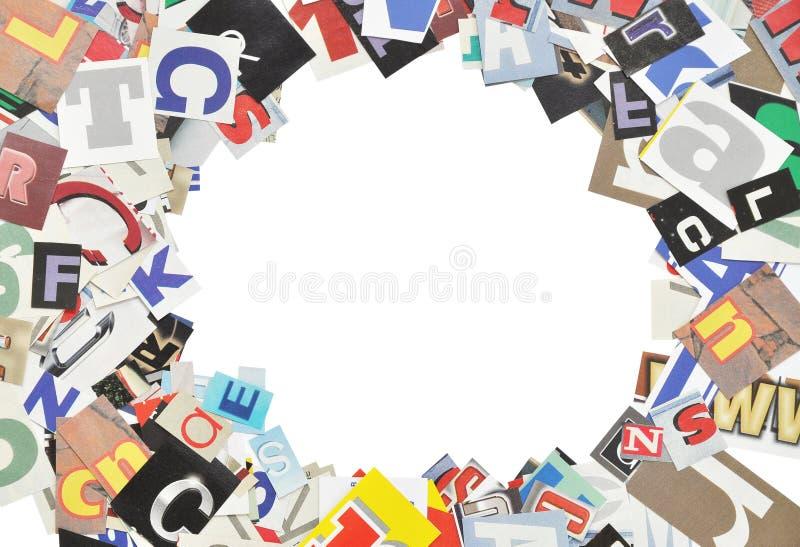 Omlijsting, die van krantenbrieven wordt gemaakt stock foto's