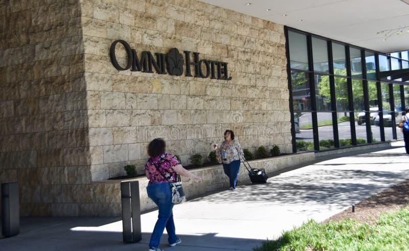 Omni-Hotel und Erholungsort, im Stadtzentrum gelegenes Nashville, TN lizenzfreie stockfotos