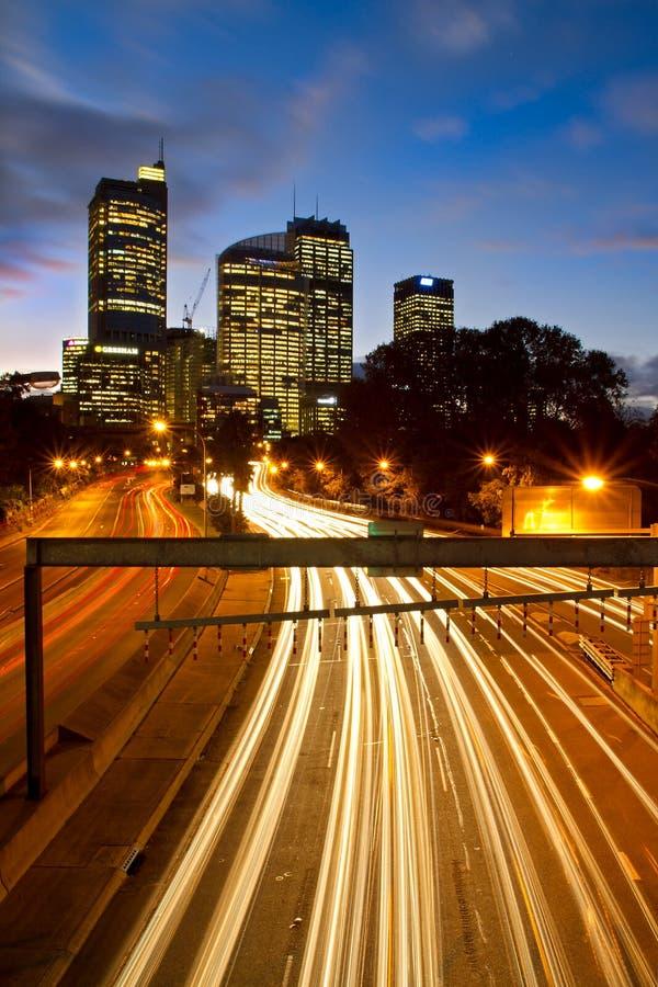 Omnibus de Sydney la nuit image libre de droits