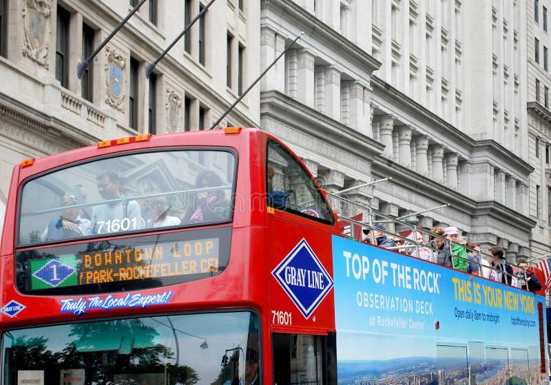 Omnibus del rojo del recorrido de Nueva York imagen de archivo libre de regalías
