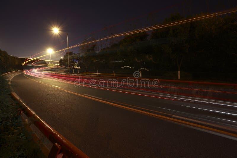 Omnibus la nuit photo stock