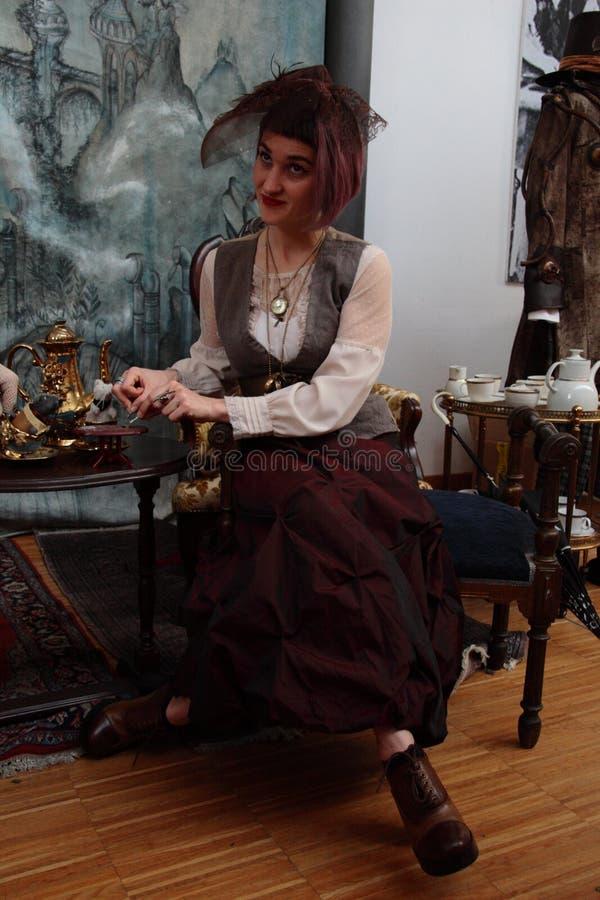 Område av oberoende tillverkare - den Steampunk designen - uttryck och tolkningar royaltyfria foton