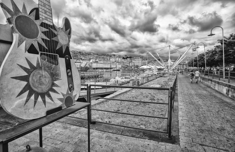 Område för gammal port, `-Porto Antico `, touristic ställe i Genoa Genova, Italien royaltyfri fotografi