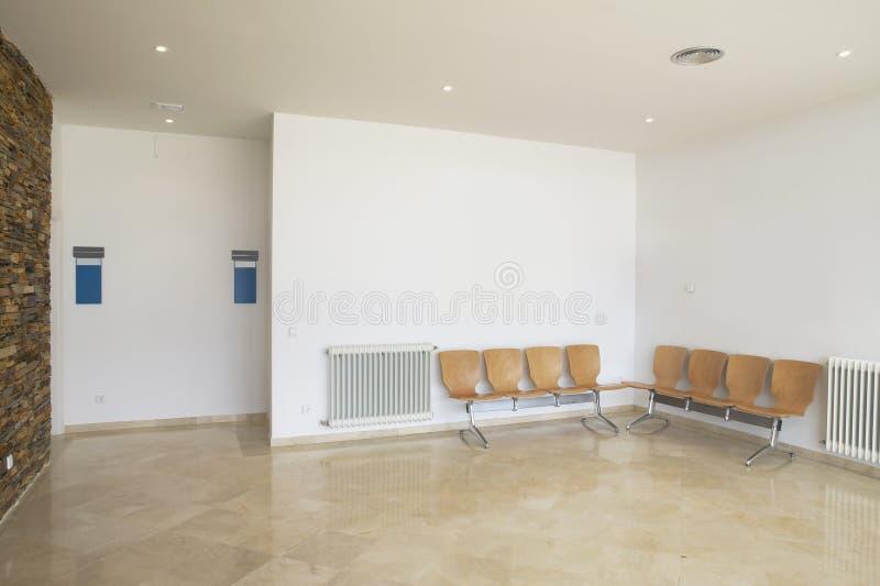 Område för väntande rum med tomma platser royaltyfri fotografi