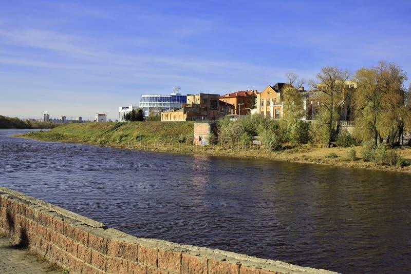 Omsk Ryssland Invallning på munnen av floden Om fotografering för bildbyråer