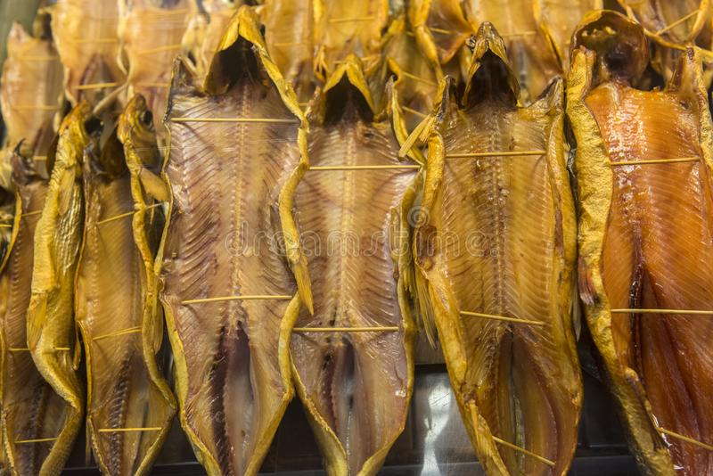 Omul, dymiąca ryba baikal jeziora zdjęcia stock