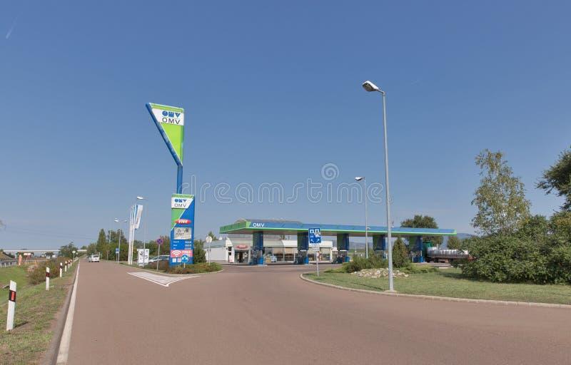 OMV-benzinebenzinestation in Hongarije stock fotografie