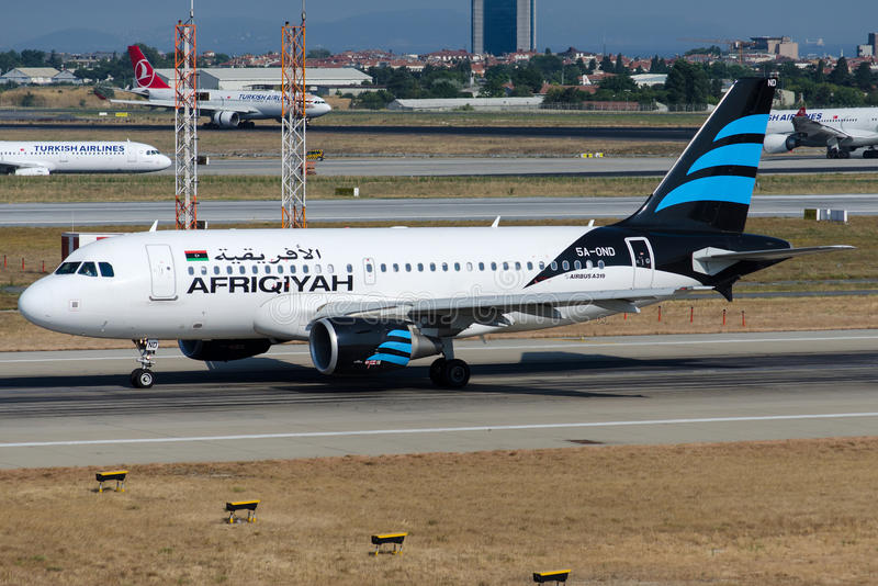 A6-OND Afriqiyah Airways, Luchtbus A319-111 royalty-vrije stock foto's