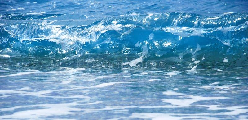 Onda azul del mar imagen de archivo libre de regalías