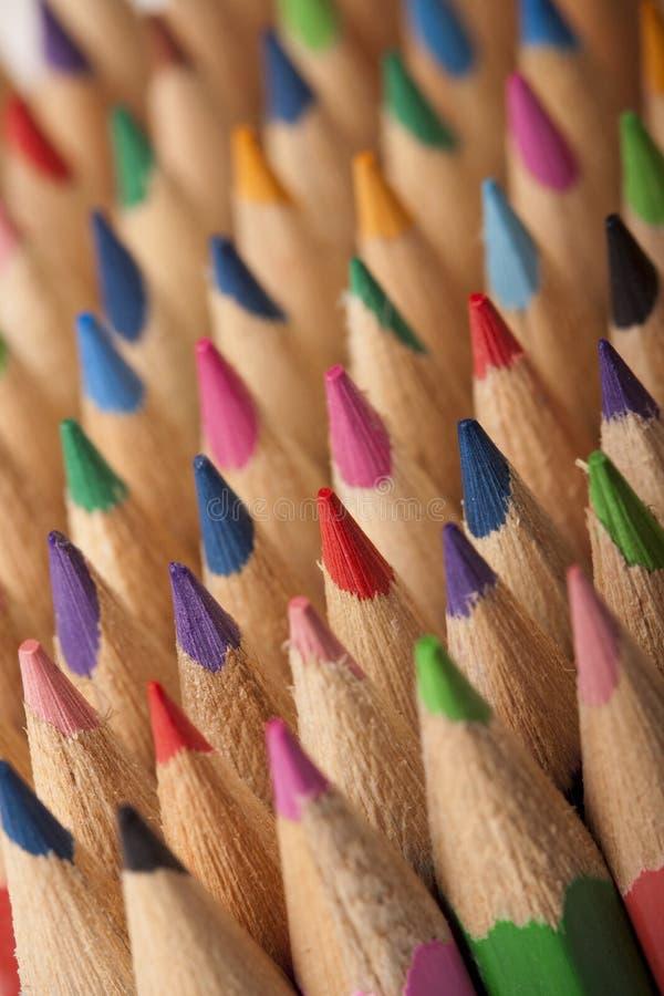 Onda colorida dos lápis imagens de stock