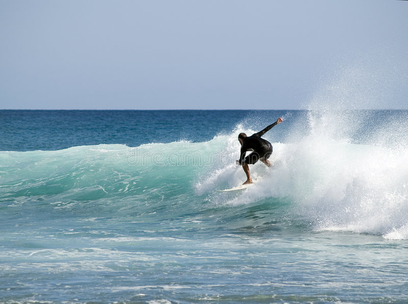 Onda da equitação do surfista fotografia de stock royalty free