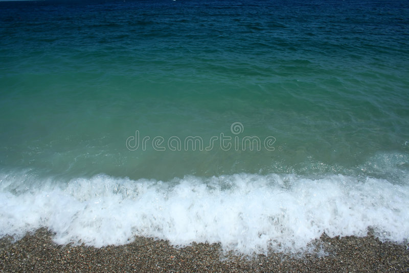 Onda no Mar Egeu imagens de stock