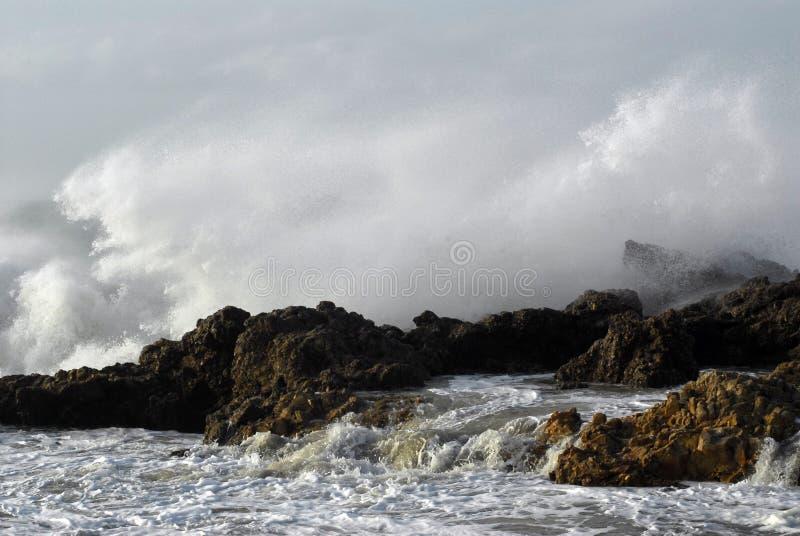 Ondas da tempestade fotografia de stock royalty free