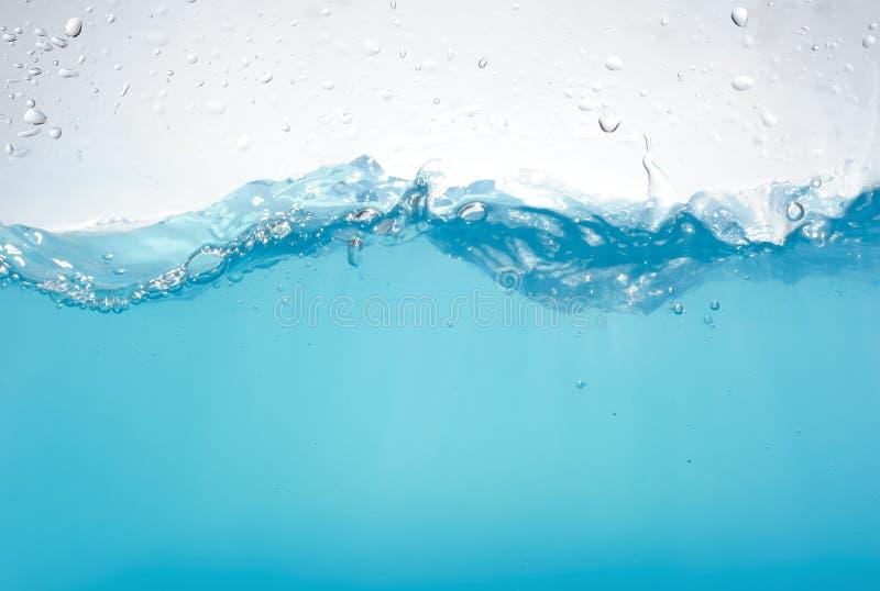 Ondas de agua aisladas fotos de archivo libres de regalías