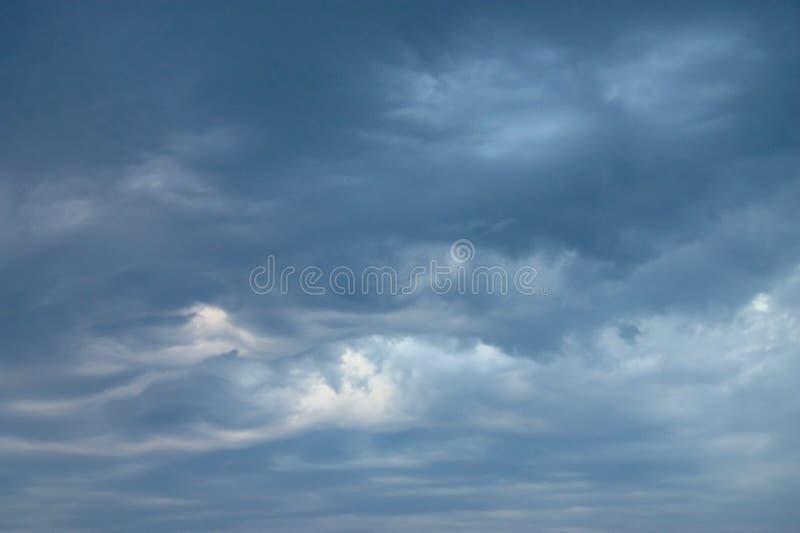 Ondas en el cielo foto de archivo