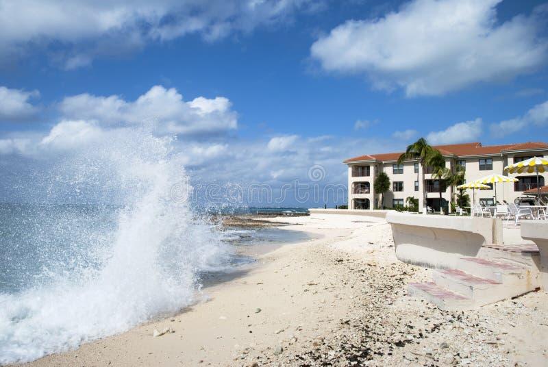 Onde in Grand Cayman immagine stock libera da diritti