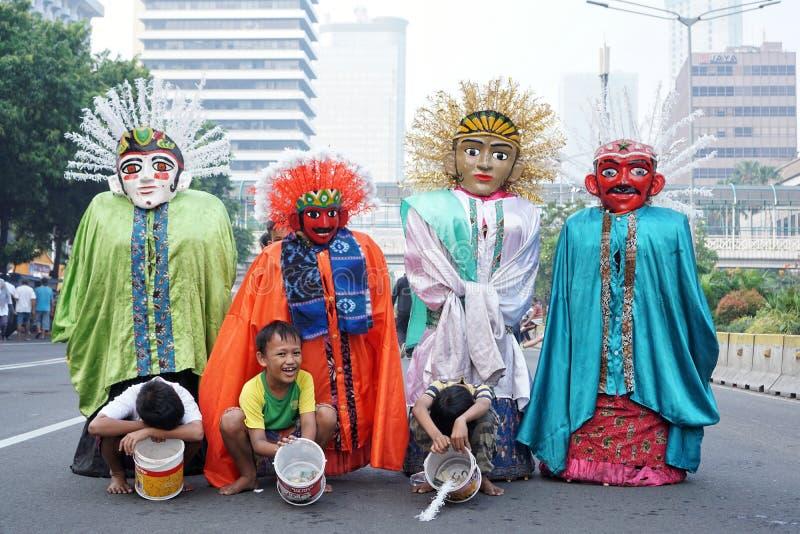 Ondel-ondel είναι ένας μεγάλος αριθμός μαριονετών που χαρακτηρίζεται στη λαϊκή απόδοση Betawi της Τζακάρτα, Ινδονησία στοκ εικόνες με δικαίωμα ελεύθερης χρήσης