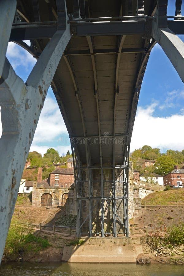 Onder Ironbridge stock fotografie