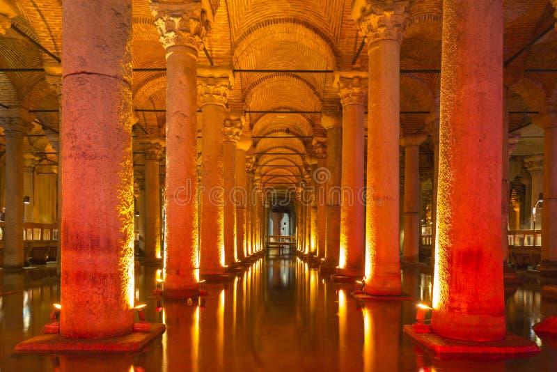 Ondergronds Basiliekreservoir, Istanboel, Turkije stock afbeelding