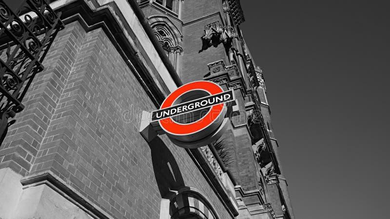 Ondergronds embleem in Londen stock afbeelding