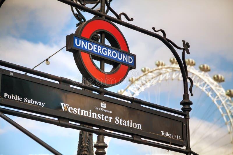 Ondergronds embleem in Londen stock foto's