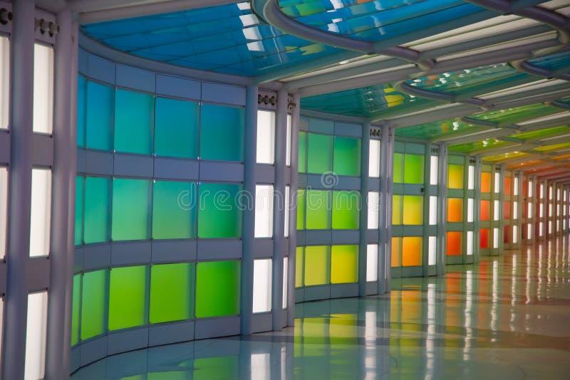 Ondergrondse passage in de luchthaven van Chicago O'Hare stock fotografie