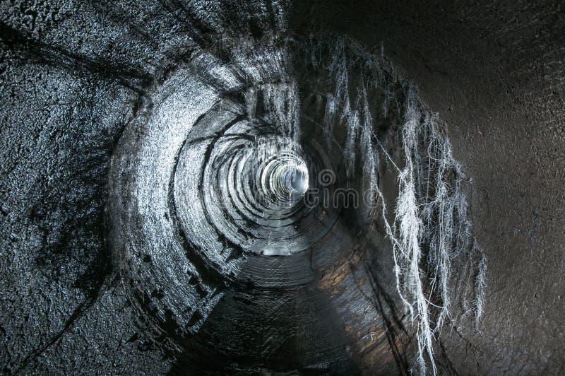 Download Ondergrondse rivier stock afbeelding. Afbeelding bestaande uit water - 54084883
