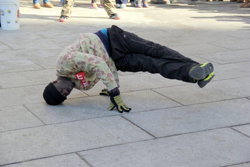 Onderhoudende straatuitvoerder, Boston, 2014 stock foto