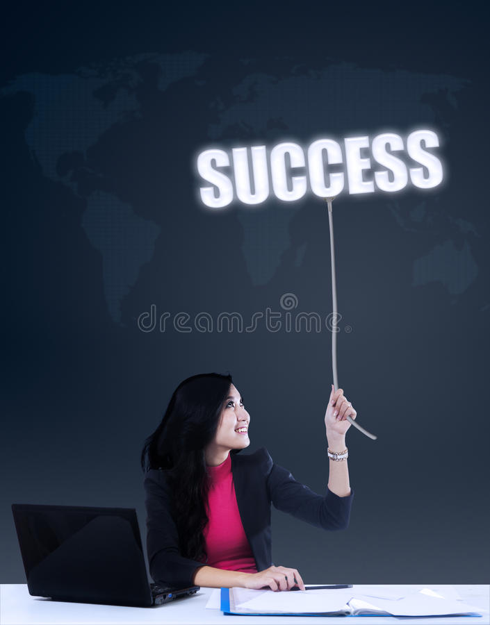 Onderneemster die succes krijgen stock foto's