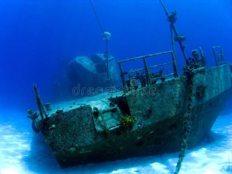 Onderwater Schipbreuk in Kaaiman Brac stock afbeelding